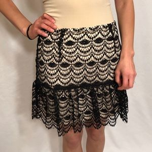 She + Sky NWT black lace skirt with lining. SzM
